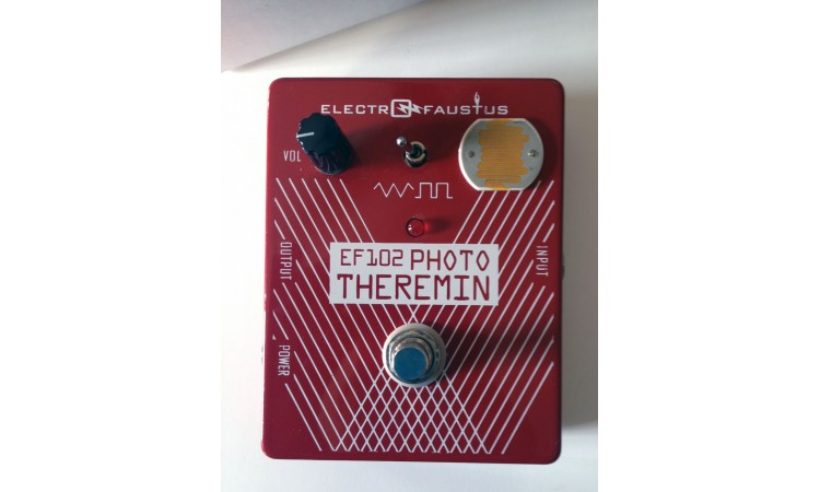 Electro-Faustus EF102 Photo Theremin